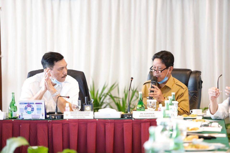 Plt. Gubernur Kepri H.Isdianto telah merancang beberapa rencana yang akan dibuat untuk kelancaran operasional kegiatan labuh jangkar di tiga zona yang telah disepakati.